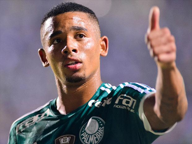 Gabriel-Jesus-Palmeiras-sinal-positivo_715-Maurício-Rummens-Fotoarena