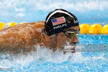 on Day 8 of the Rio 2016 Olympic Games at the Olympic Aquatics Stadium on August 13, 2016 in Rio de Janeiro, Brazil.