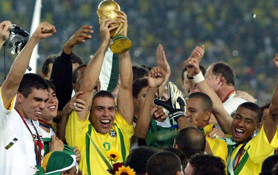 ronaldo-futebol-20110607-13-original