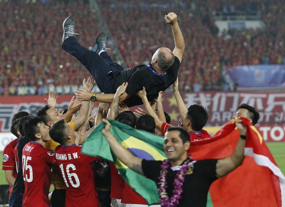 china_soccer_afc_cham_amar.jpg