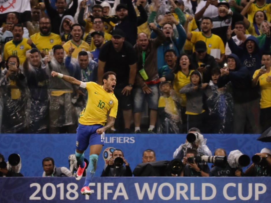 neymar-marca-e-brasil-no-duelo-contra-o-paraguai-em-itaquera-1490754927629_1024x768
