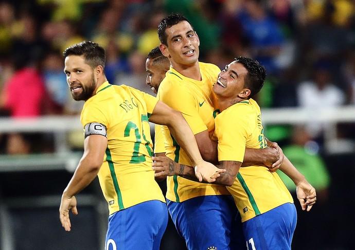 Diego em alta com Tite na Seleção Brasileira