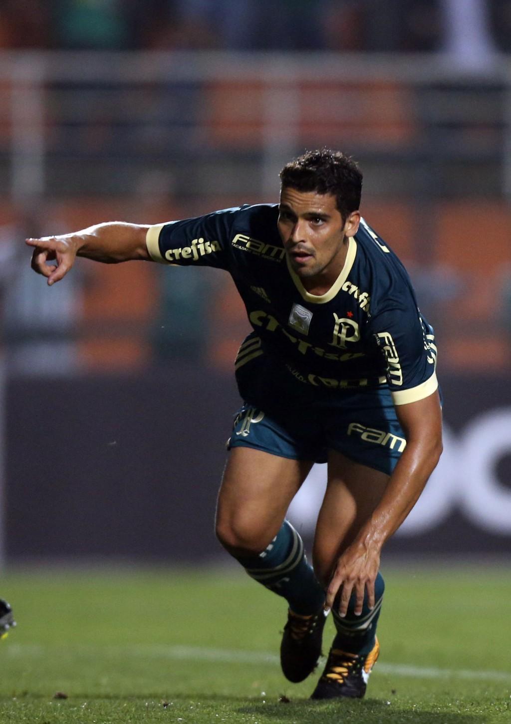 Jean, auto do gol do Palmeiras contra Coritiba