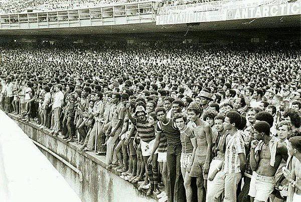 Geral do Maracanã nos anos 60 e 70